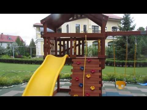 Детская площадка из дерева для дачи и батут с сеткой