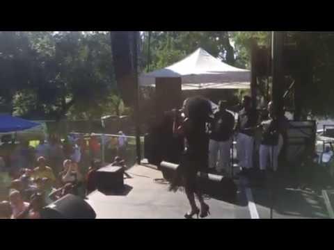 Karyn White Live in Sacramento