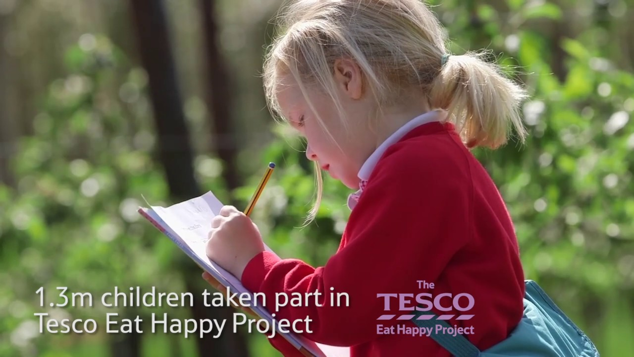 Tesco Annual Report 2015/2016 | CR Review of the Year