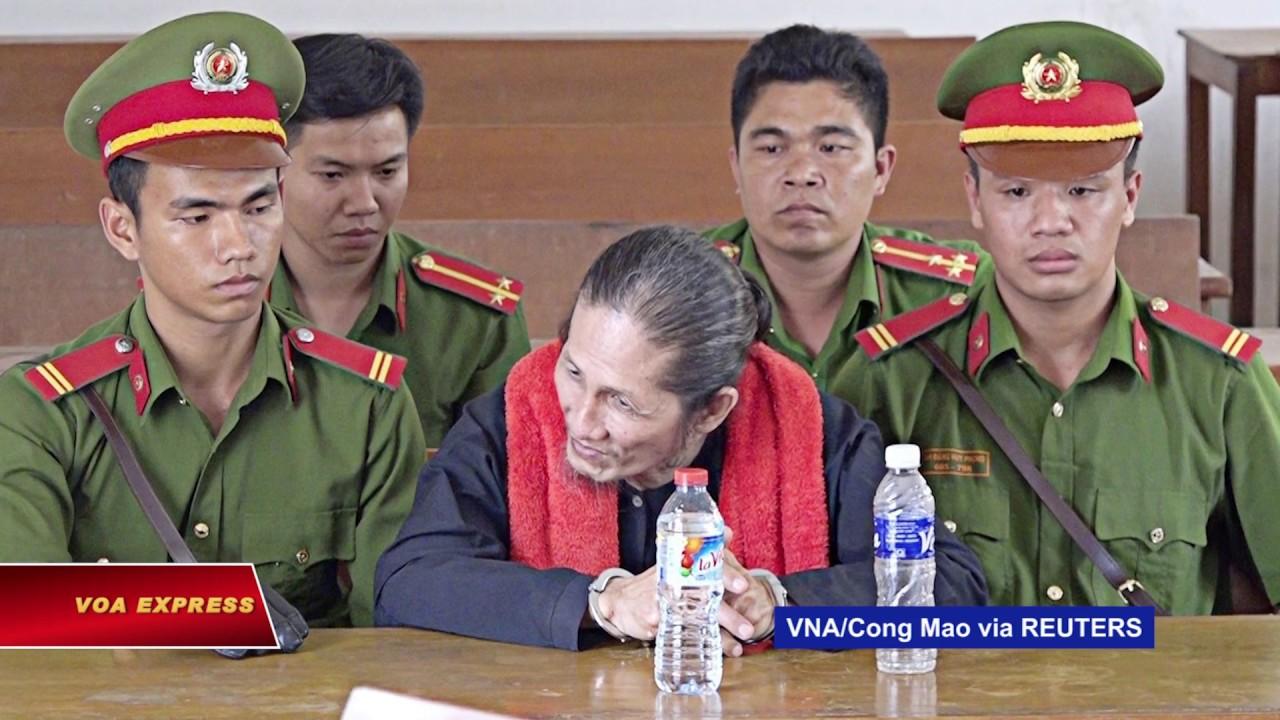 Bốn tín đồ Phật giáo Hòa Hảo bị tù vì treo cờ vàng
