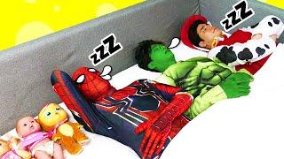슈퍼히어로 친구들과 영어 노래 배우기 Ten in the Bed SuperHero Song | 말이야와아이들 MariAndKids