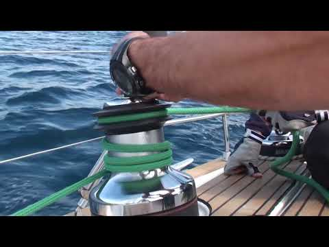 Opening The Sail And Working With The Winch - Vodan Skipper Academy