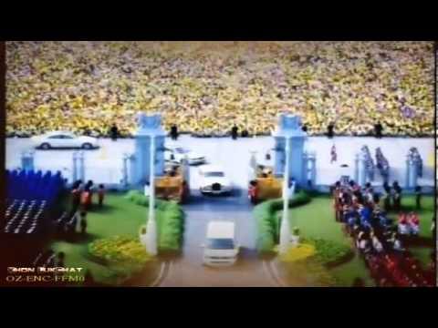 King of Kings พระบาทสมเด็จพระเจ้าอยู่หัวฯ เสด็จฯออกมหาสมาคม ณ สีหบัญชร 5 ธันวาคม 2555