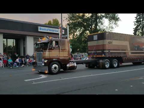 Repeat 1990 Freightliner COE by Patrick P - You2Repeat