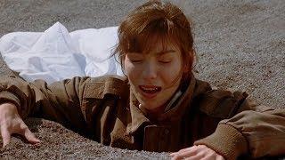 【喵嗷污】末日后人类躲入地下生存,再次来到地面,却发现地球已不属于人类《血腥战场》几分钟看末日科幻片