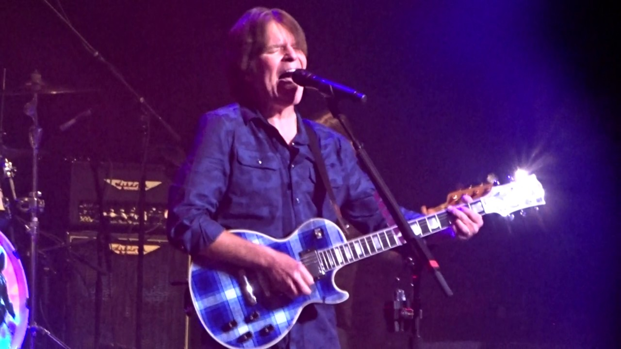 john fogerty live concert fortunate son capitol theater port chester ny 02 15 17 youtube. Black Bedroom Furniture Sets. Home Design Ideas