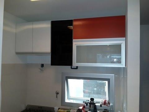 Remodelacion de cocina rojo vidrio esmerilado fabrica - Fabricas de cristal en espana ...