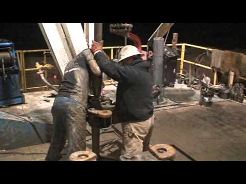 Oilfield Bloopers.... Hand Can't Stab Pipe