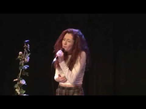 Janet Devlin - Things We Lost in the Fire (Live in Belfast 22/12/14)