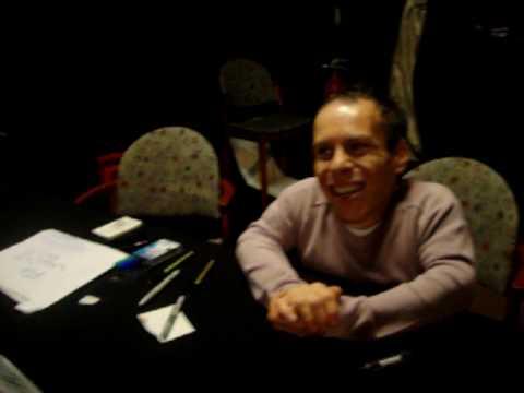 Meeting Warwick Davis ( Willow,Leprechaun,Small Town Folk ...