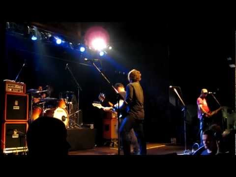 Hot Water Music feat Matt Skiba (Alkaline Trio) - Rooftops @Pirate Satellite Stuttgart