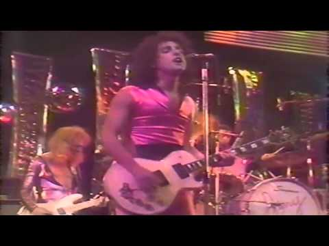 New York Dolls   There's Gonna Be A Showdown
