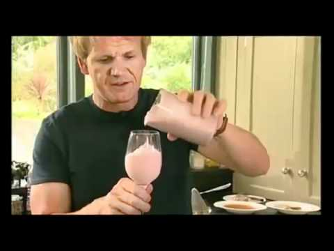 Gordon Ramsay Makes Delicious Diet Smoothies   YouTube