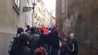 ParlamentníListy.cz: Střet před demonstrací na Malé Straně - 6.2.2016