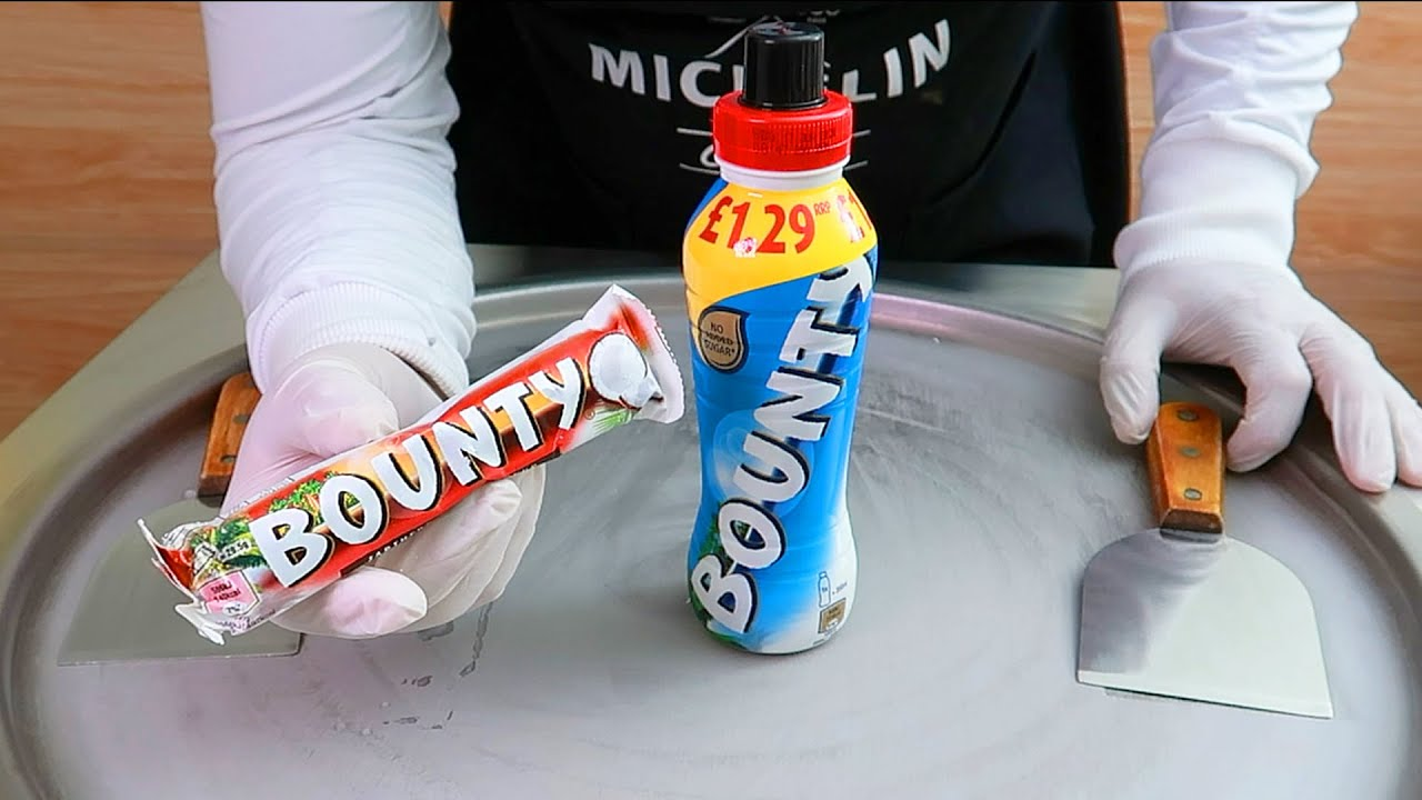 Bounty ice cream rolls street food - ايسكريم رول باونتي