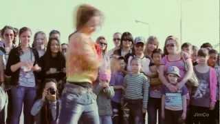Кыргызы vs Татары в Казани лето 2012 уличные танцы
