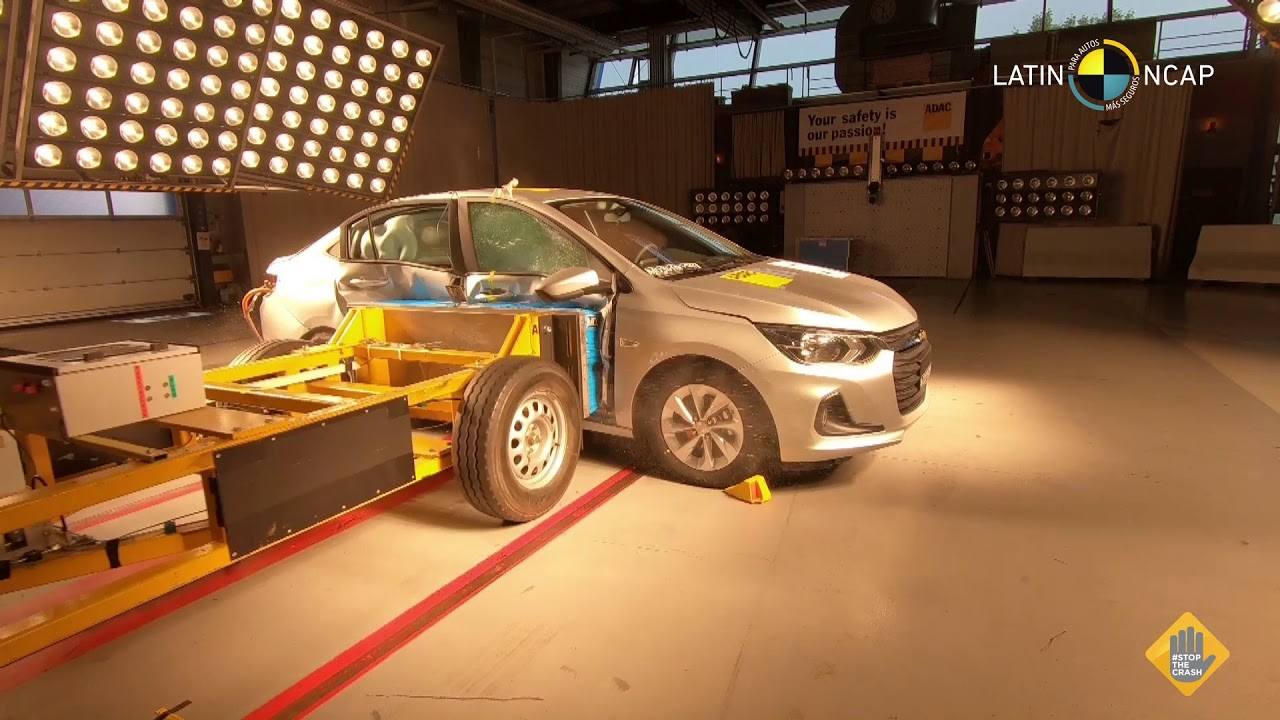 Crash Test Chevrolet New Onix Plus 6 Airbags Youtube