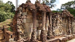 アンコール・トム  Angkor Thom 【バプーオン,ピミアナカス,象のテラス】Baphuon, Pimianakasu,  Terrace of Elephants
