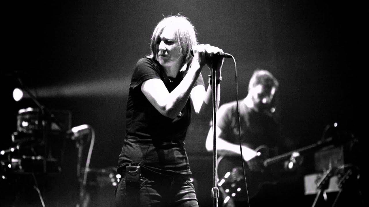Portishead - The RIP, Magic Doors, Wandering Star (Concert ...