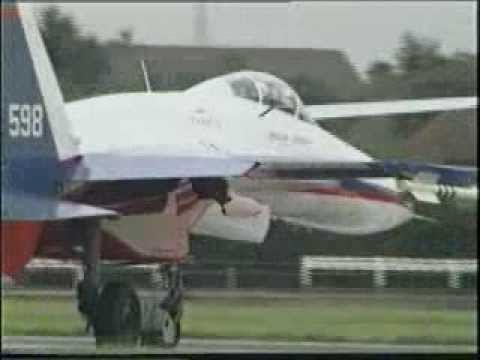 Máy bay chiến đấu Su-27