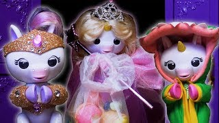 The Fingerlings Show | Gigi The Unicorn Tries On Halloween Costumes and Eats Candy!