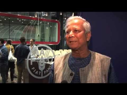 "Nobel Laureate Muhammad Yunus participates at a FAO dialogue on ""social business"""