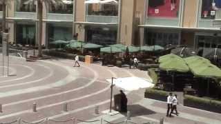 Fortnum & Mason In Dubai & Filmed from the FM balcony: 06/05/15