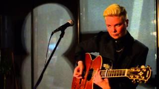 Baixar Sing (HD) -- Kal Lavelle,