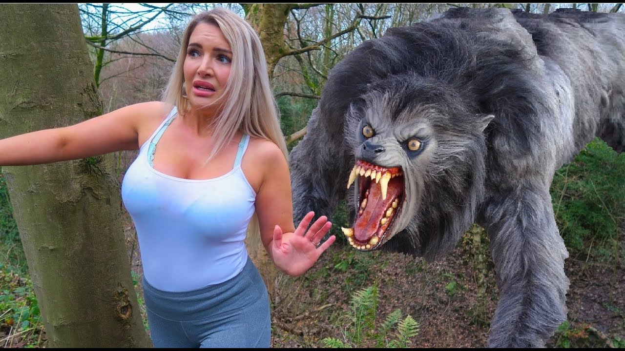 Download Chased By A ULTIMATE Werewolf RUN!! Short Movie!!