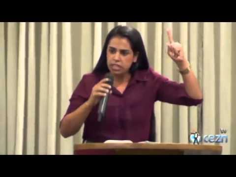 Missionária Camila Barros - ESTER