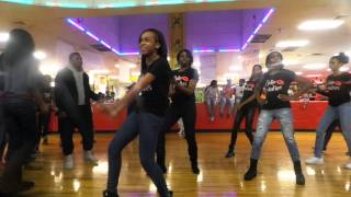 Repeat youtube video dollarbeauties dollarboyz RT performance
