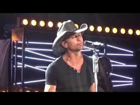 Tim McGraw - Tiny Dancer [Live] 8.7.2015 - Noblesville, IN (Indianapolis)