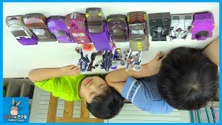 터닝메카드 블랙미러 몽땅~ 만들기 후 쓰러지다! (6시간 걸린 슬픈 무한도전) ♡ 터닝메카드w 장난감 비교 특집 Paper Toys | 말이야와친구들 MariAndFriends