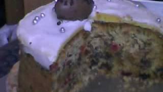 Easter Sunday Cake. Simnel Cake, Hhhmmmnnn.