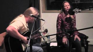 Derek Trucks & Susan Tedeschi - Walkin