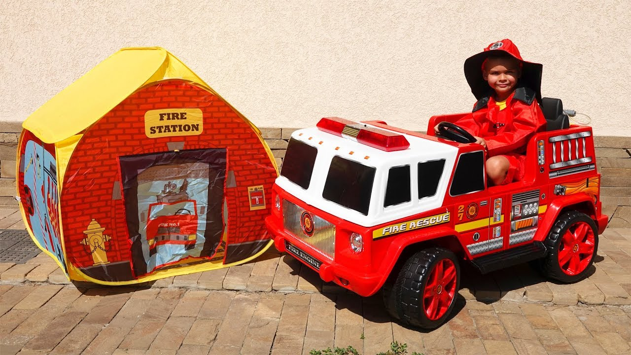 Unboxing and assembling power wheels Fire Truck