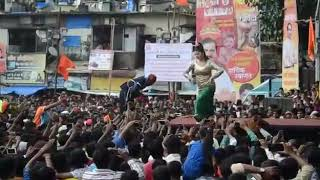 Download Video Mumbai Funny Dance in Dahi Handi 2016 MP3 3GP MP4