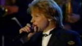 Jon Bon Jovi - Blue Christmas LIVE
