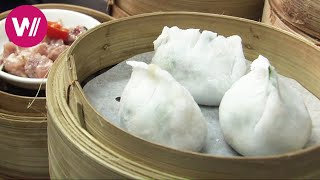 The Cheapest Michelin Star Restaurant in the world | Tim Ho Wan | Hong Kong
