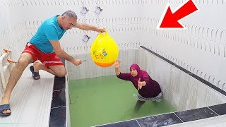 Slime PRANK, İn The Pool A Big BALLOON Slime Joke for AYŞE