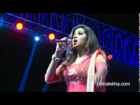 Shreya Ghoshal - Nagada Sang Dhol Song - Goliyon Ki Raasleela Ram-leela
