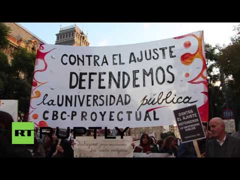 Argentina: Thousands protest Macri's education reforms in Buenos Aires