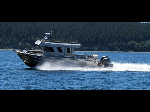 ACI Boat's Montague 1530 Charter Fishing Monohull