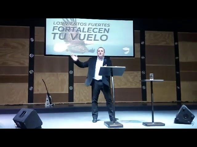 Los vientos fuertes fortalecen tu vuelo - Pastor Diego Touzet