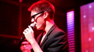 PETE POL & Bell Jung - เจ้าหญิง Live@ROUTE66 28-11-11.mp4