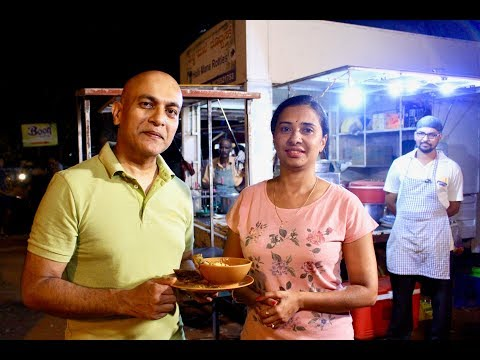 NORTH KARNATAKA DELICACIES In Mangalore |HALLI MANE ROTTIES| Must Visit FOOD Truck | Food Lovers