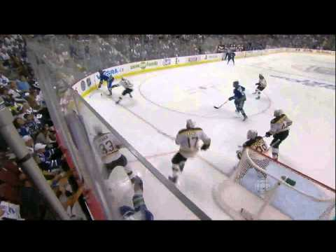 Maxim Lapierre 1-0 Goal - Boston Bruins @ Vancouver Canucks 2011 Stanley Cup Finals Game 5