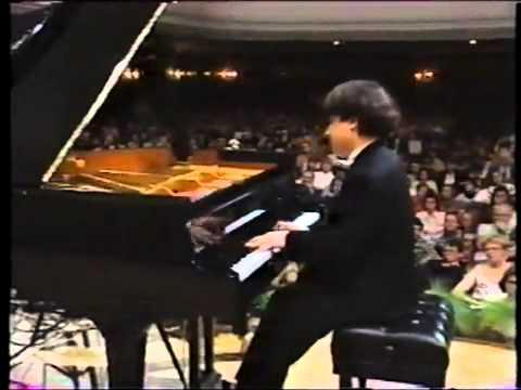 Alexei Sultanov performs Chopin's Polonaise No 6 op. 53