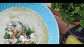 Cauliflower Soup Recipes - Cauliflower Soup with Pear and Gorgonzola - Delicious Combination of