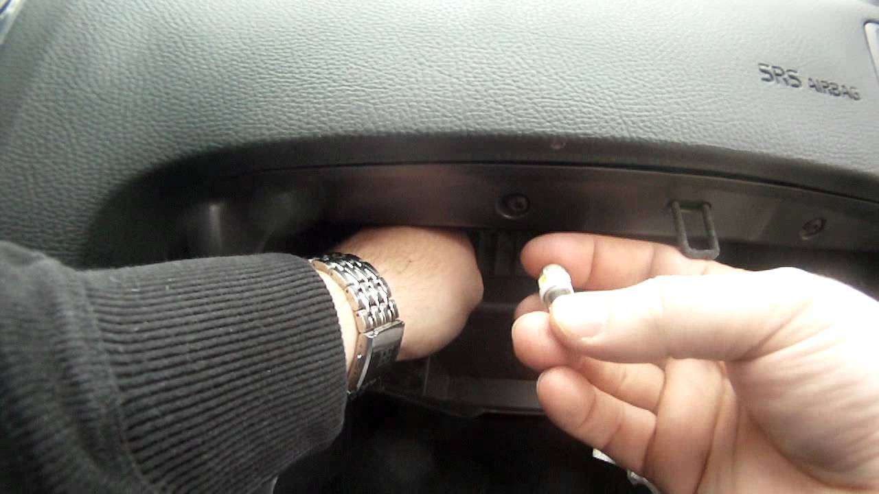 How To Install Led Glove Box Light Bulb In Volvo S60 Amp V70